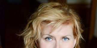 Singer-songwriter extraordinaire Eddi Reader to play Lincoln