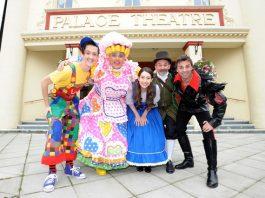 Beauty of a weekend kickstarts Christmas countdown at Palace Theatre