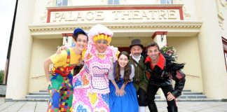 Beauty of a weekend kickstarts Christmas countdown at Palace Theatre